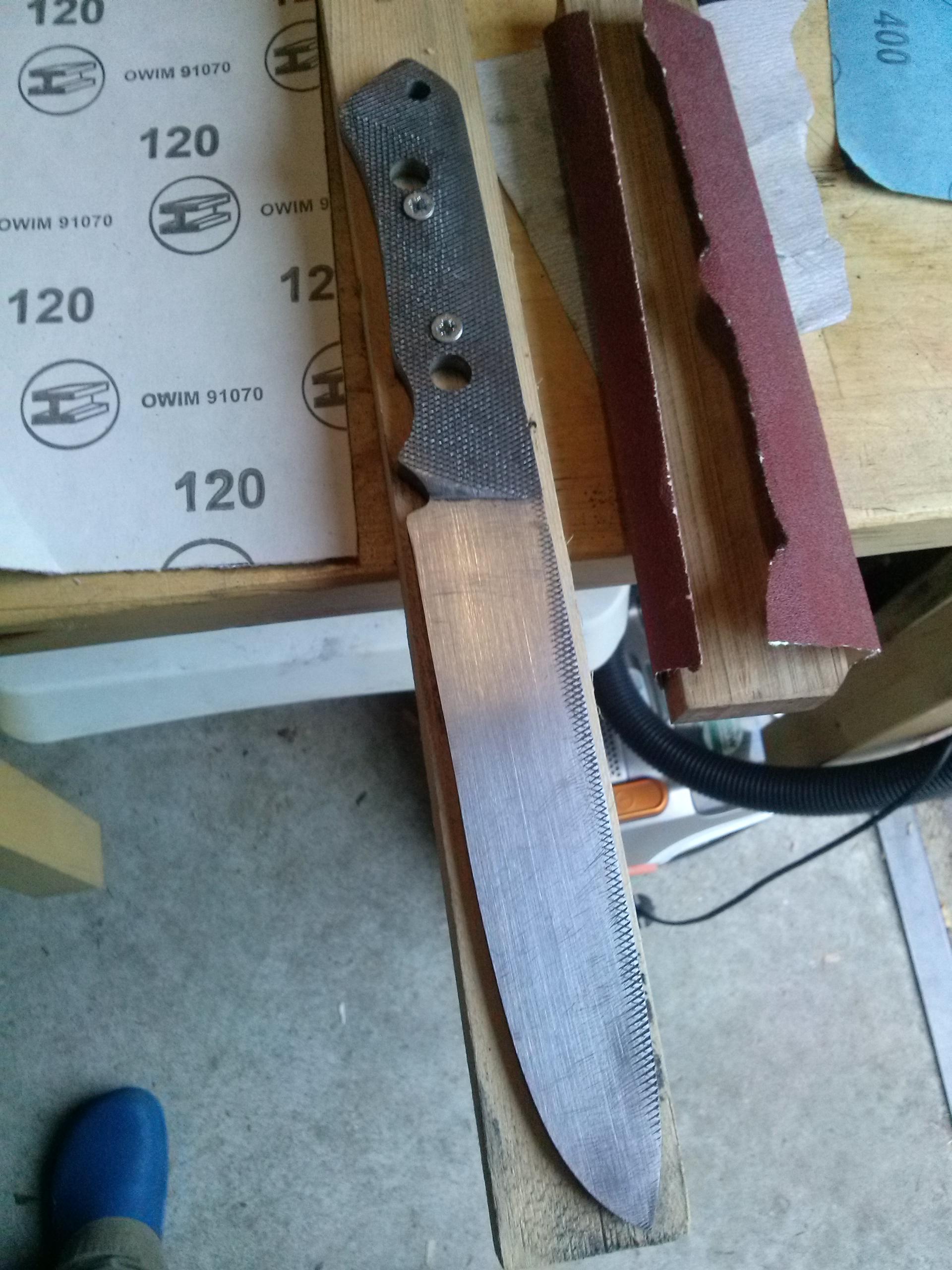 Cuchillo Nuevo De Material Reciclado Andante Con Moto
